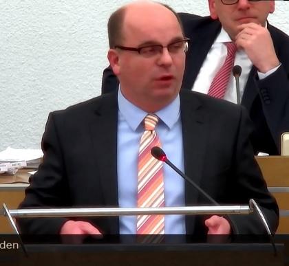 Ratsbericht: Sozialdezernent Kühn (SPD) mit infamen Unterstellungen