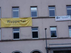 PRO fordert sofortige Suspendierung: Chef des Wuppertaler Jobcenters am Boden fixiert und anschließend in Polizeigewahrsam